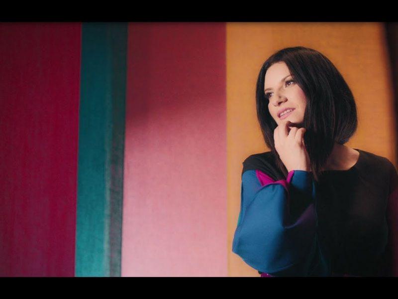 Laura Pausini (Simone & Simaria)- Novo