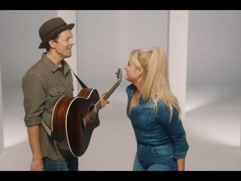 Jason Mraz – More Than Friends (feat. Meghan Trainor)