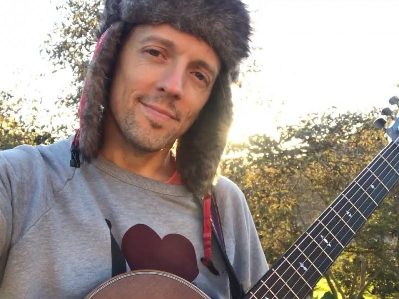 jason Mraz – Love Is Still The Answer