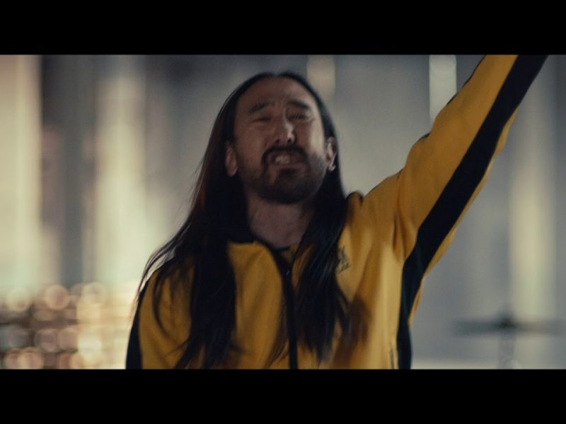 Steve Aoki – Why Are We So Broken feat. Blink 182